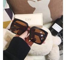 2020年トレンド有名人偏光サングラス流行メガネ女子紫外線カット茶色ファッション丸い顔サングラス大きいスクエア型おしゃれビッグフレーム韓国人気サングラスUVカット黒色