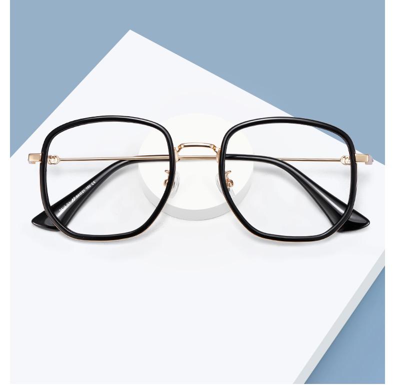 リサLisaスタイルお揃いのだて眼鏡ブランド